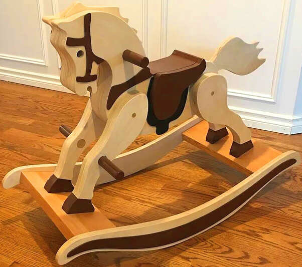 Free sharing of 3D design drawings of children's wooden rocking horses